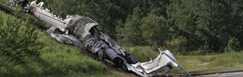 Travis Barker plane crash 2008