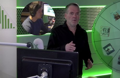 Vernon Kay pranks Chris Moyles