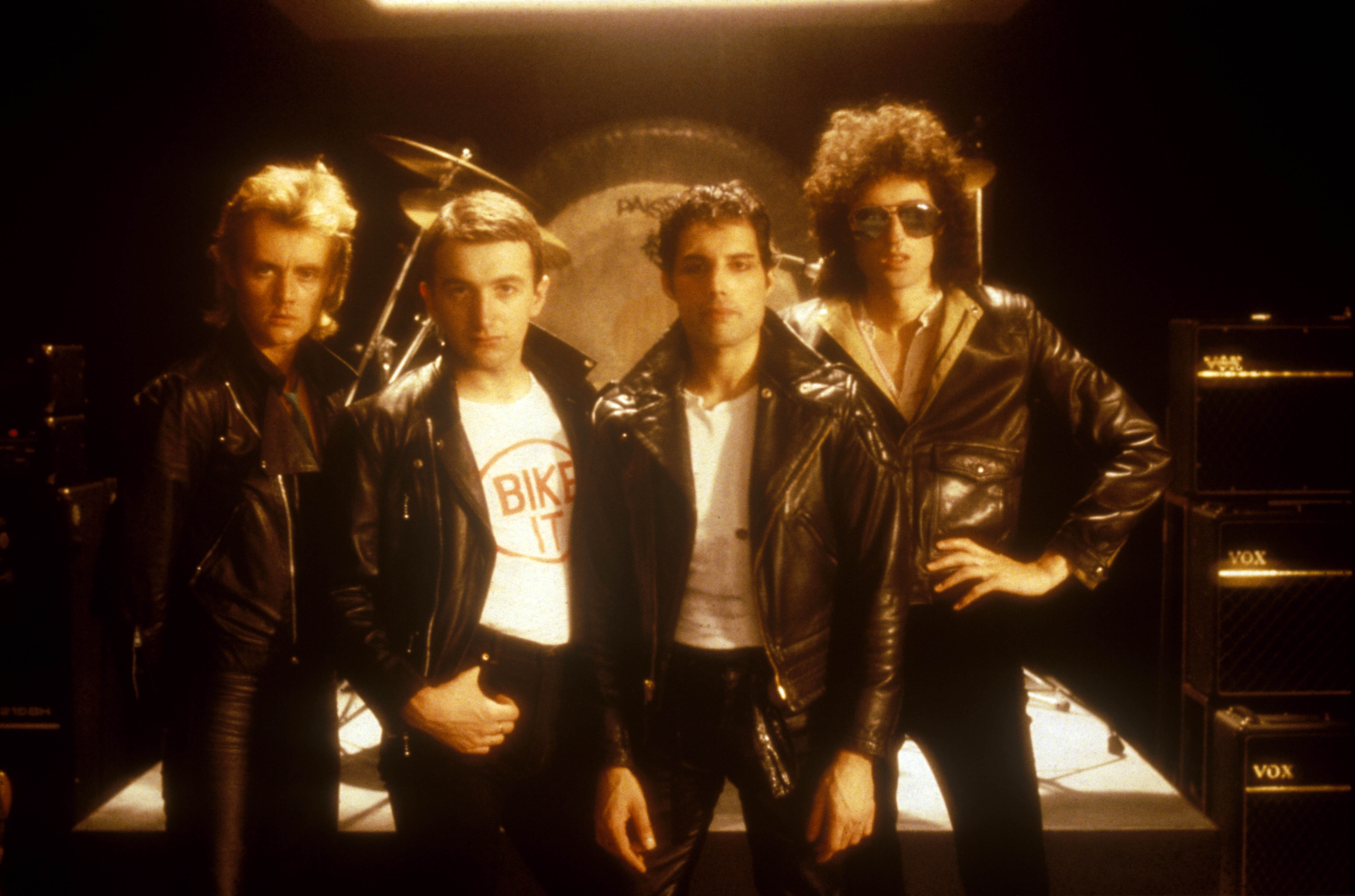 QUEEN Roger Taylor, John Deacon, Freddie Mercury a