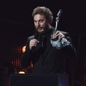 Duncan Jones accepts David Bowie's Award on The BR