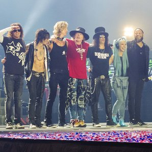 Guns N' Roses performing in San Diego 2016