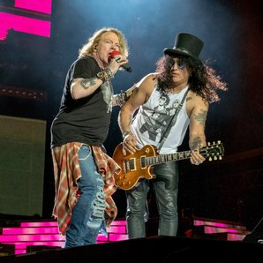 Guns N' Roses Axl Rose and Slash
