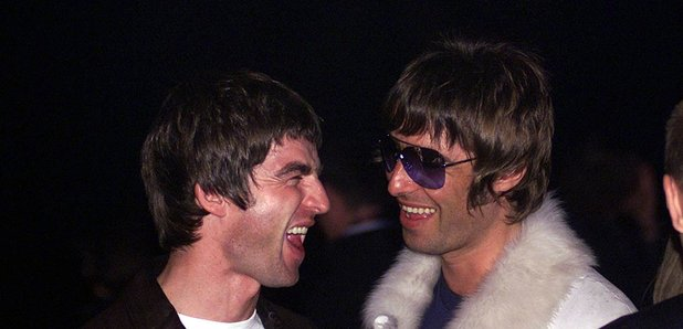 Noel and Liam Gallagher NME Awards 2001