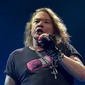 Axl Rose Guns N Roses live 2016
