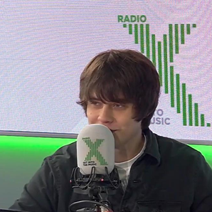 Jake Bugg tells Peter Crouch about sponsoring Nott